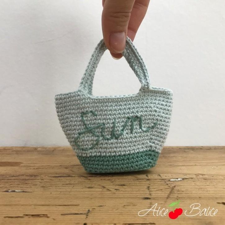 alice balice | poupée en crochet | doll | amigurumi | tutoriel | tutorial | maillot de bain | vacances