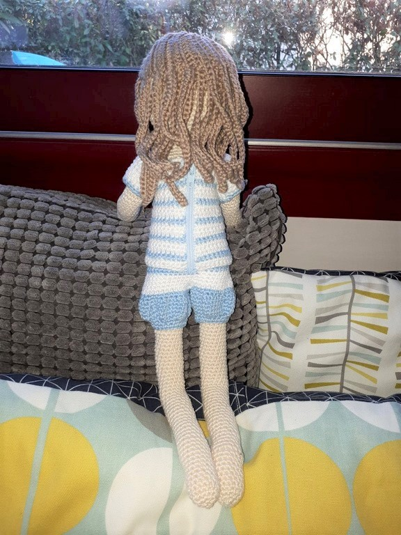 alice balice | poupée en crochet | doll | amigurumi | tutoriel | tutorial | culotte bloomer bouffante | cheveux sages | jolie demoiselle | coiffure