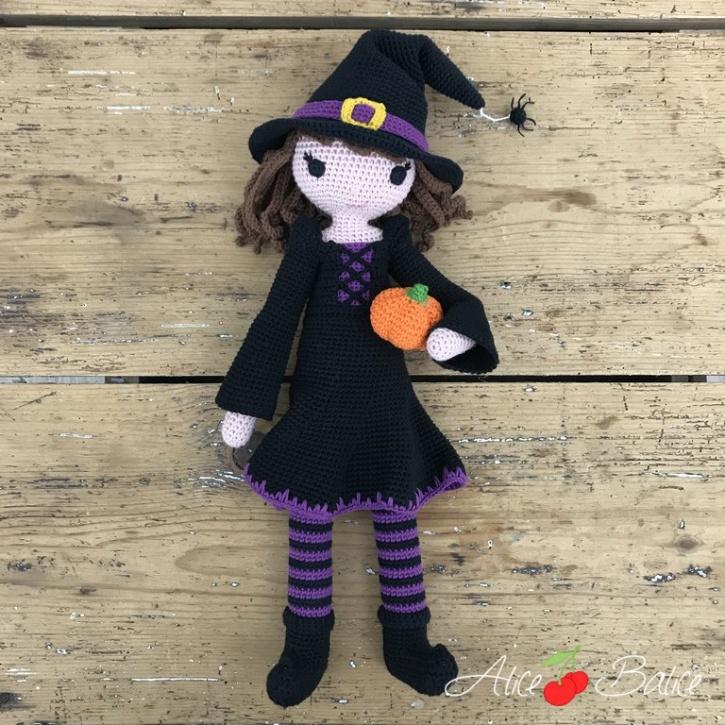 alice balice | poupée en crochet | doll | amigurumi | tutoriel | tutorial | sorcière | witch | halloween | Mélusine | Magie | sorcellerie | citrouille | potiron